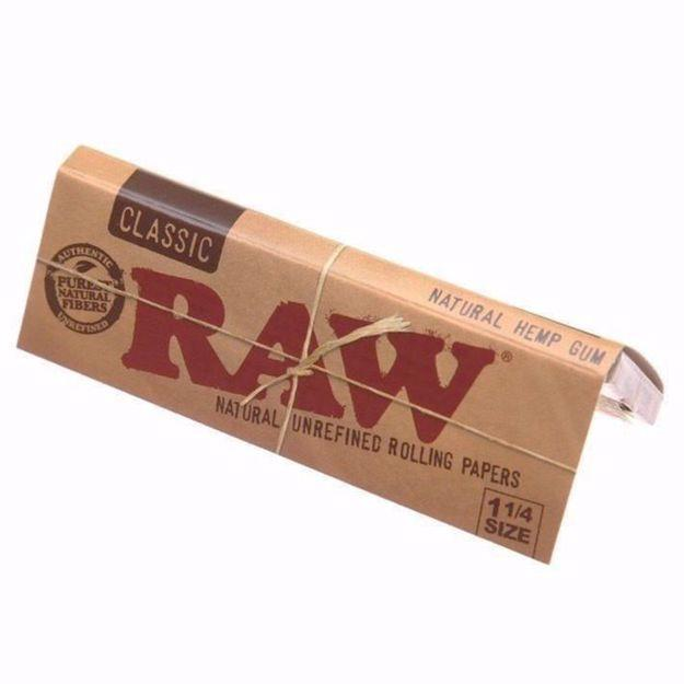 RAW CLASSIC 1 1/4 SIZE NATURAL UNREFINED ROLLING PAPERS